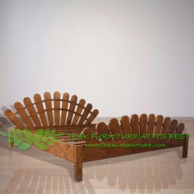 Indonesia Indoor Teak Furniture Peacock Bed (IFBD-007)